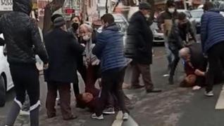 <p>Samsun'daki rezaletin ardından bir haber de Ankara'nın Mamak ilçesinden geldi. Bir kadın, tartışt