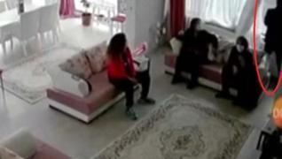 <p>Ankara'da boşanma aşamasında olduğu eşine karşı koruma tedbiri bulunan L.S. 4 aylık bebeği Asya S