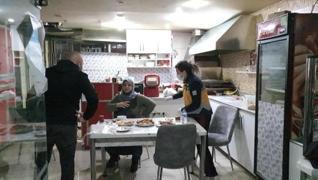 <p>Kütahya'da Hanım Ç., bir süre önce uzaklaştırma kararı aldırdığı eski eşi tarafından iftar yemeği
