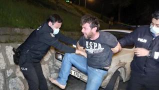 <p>Bursa'da kısıtlama saatlerinde duvara çarpan kamyonetin sürücüsü Hüseyin Genç, polise zor anlar y