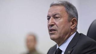 <p>Milli Savunma Bakanı Hulusi Akar, 'Kardeş olarak, tek yumruk, tek vücut olarak haklı davalarında