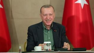 <p>Başkan Recep Tayyip Erdoğan, Babalar Günü dolayısıyla video konferans yöntemiyle gerçekleştirilen