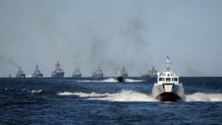 <p>Rusya, 14 Haziran'da Karadeniz'e açılan İngiliz destroyeri HMS Defender'a uyarı ateşi açıldığını