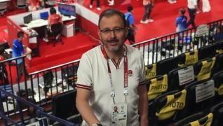 <p><span style='font-size: 1.6rem;'>Final müsabakasını yerinde takip eden Kasapoğlu, AA muhabirine