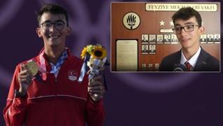 <p>Mete Gazoz, Tokyo 2020'de altın madalyayı kazanarak tarih yazdı. Genç sporcumuzun henüz 17 yaşınd