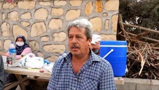 <p>Antalya'nın Manavgat ilçesinde Kalemler Köyü'nde önceki gün yangından mağdur olan bir vatandaş, g
