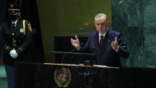 <p>Başkan Erdoğan, milyonlarca insanın hayatını kaybettiği, 10 milyonlarca insanın Kovid-19 virüsünü