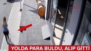 <p>Cebindeki 15 bin lirayı düşürdü. O  parayı saniyeler sonra yoldan geçen bir kadın buldu, parayı a