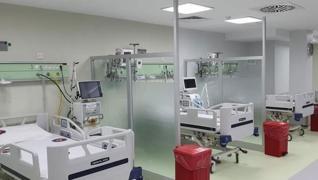 <p>Cerrahpaşa Tıp Fakültesinde yoğun  bakım yatak kapasitesi 3 kat arttı. 11 yataklı erişkin yoğun b