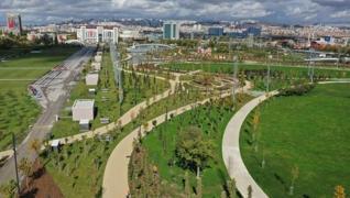 <p>Ankaralılar AKM Millet Bahçesi'nde yeşille  buluşacak. Başkent'e yeni soluk getirecek millet bahç