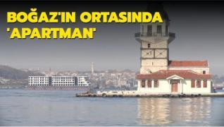 İstanbul Boğazı'nın tam ortasında 'apartman'