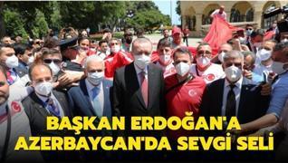 Başkan Erdoğan'a Bakü'de sevgi seli