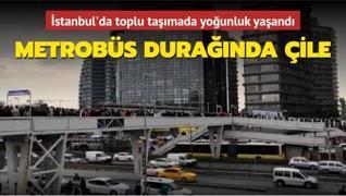 İstanbul'da toplu taşımada yoğunluk... Uzun kuyruklar oluştu
