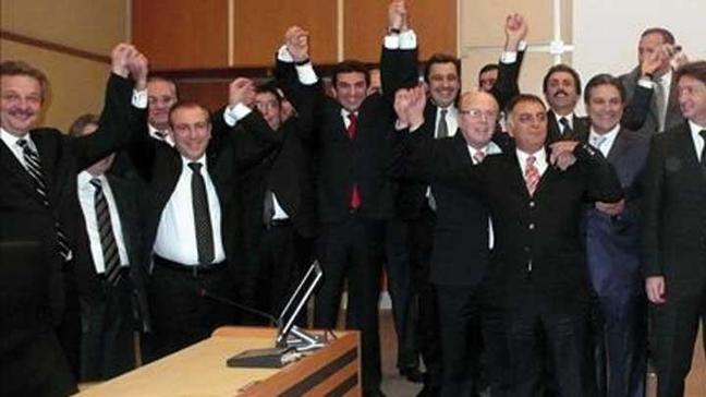 İstanbul'da çifte seçimin olduğu gün devler İSO'ya 'elveda' dedi