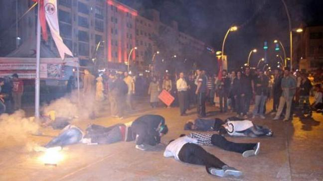 İsrail protestosunda bomba paniği