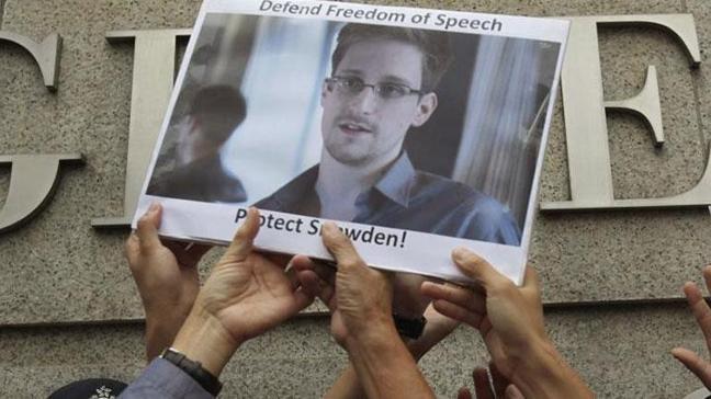Edward Snowden mahremiyet devrimi peşinde