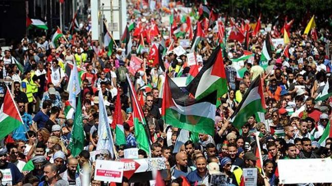 Brüksel'de 5 bin kişi İsrail'i protesto etti