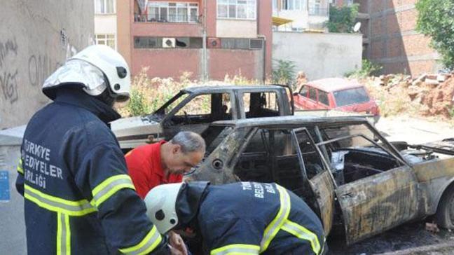 Kırklareli'de park halindeki 3 araç yandı