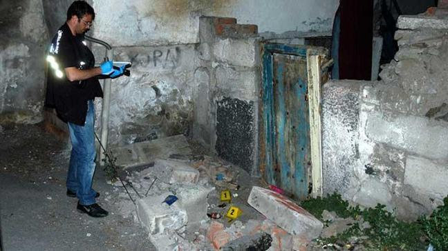 Erzurum'da duvar çöktü: 1 ölü, 3 yaralı