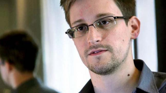 Snowden, Rusya'dan siyasi sığınma talep etti