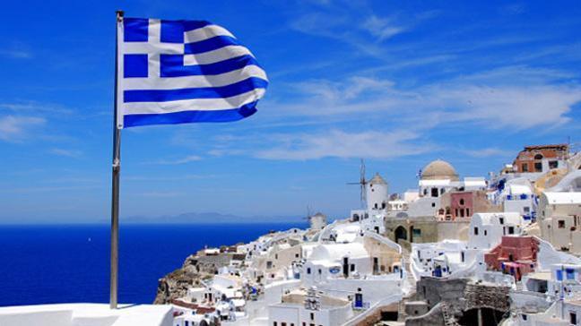 IMF şart koştu, Yunanistan vatandaşlarını sokağa atıyor