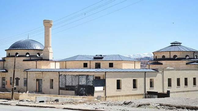 FETÖ'nün Cami-Cemevi Projesi kapsamında inşa ettiği bina sağlık merkezine dönüşecek