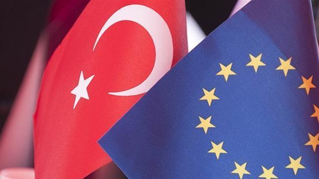 'AB'nin vizeleri kaldırması Türkiye için kesin çözüm'