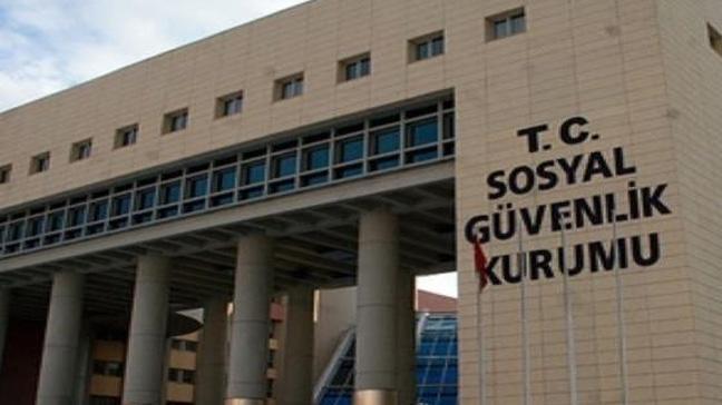 Gurbetçilerin Türkiye'de emekli olabilmek için yaptığı başvuru sayısı 600 bini buldu