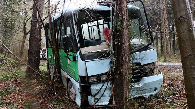 Sarıyer'de yolcu minibüsü kaza yaptı: 5 yaralı