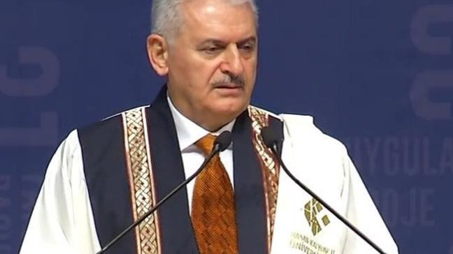 Başbakan Yıldırım: Üniversite bitmeden yabancı dil işini bitirin