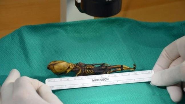 Şili'deki Atacama Çölü'nde bulunan 'uzaylı iskeleti' insan çıktı