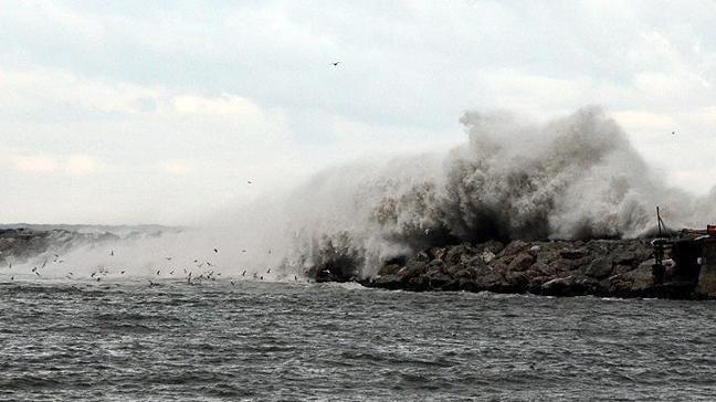 Meteorolojiden denizde fırtına uyarısı yapıldı