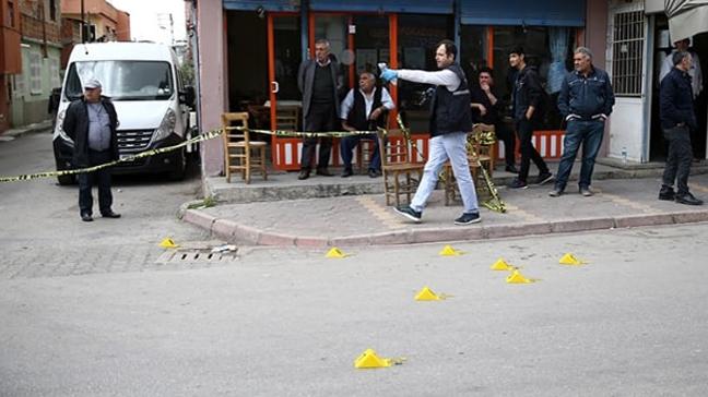 Adana'da kahveye tabancayla açılan ateş sonucu 4 kişiyi yaraladı