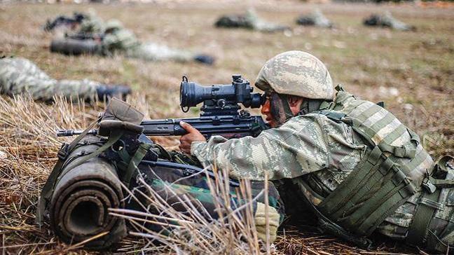 Irak sınırında terör örgütü PKK'ya yönelik operasyon