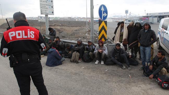 Erzurum'da 140 kaçak göçmen yakalandı