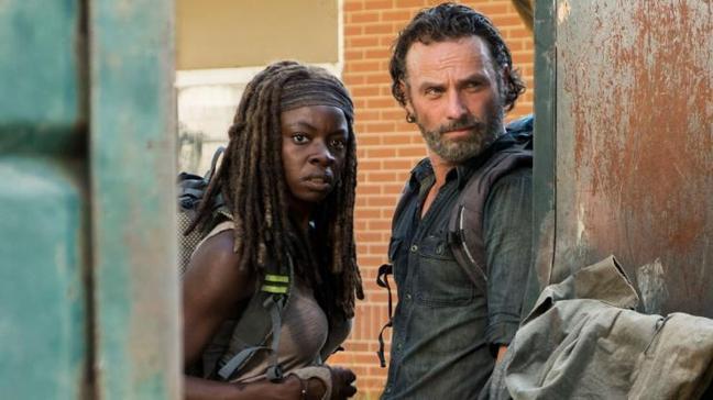 The Walking Dead dizisinde heyecan dorukta