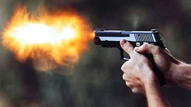 İstanbul Beşiktaş Levent'te bir kafeye giren saldırgan iki kişiyi silahla vurdu