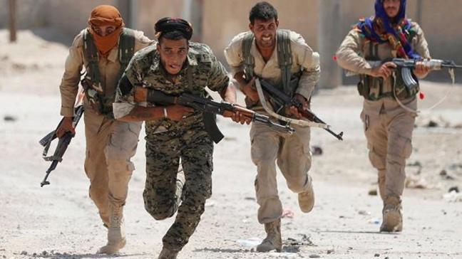 Rakka halkı terör örgütü YPG'ye karşı isyan çıkardı