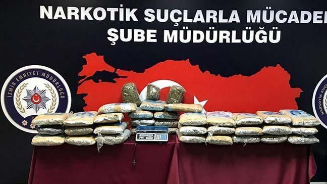 İzmir merkezli 8 ilde uyuşturucu operasyonu: 22 gözaltı