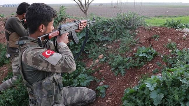 Özgür Suriye Ordusu askerleri Tel Rıfat'ın sıfır noktasında mevzilendi