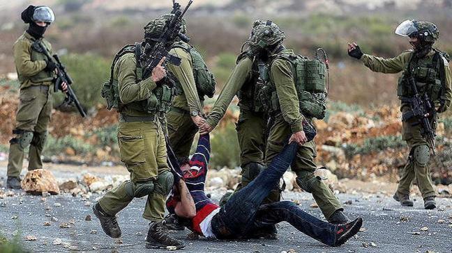 İsrail askerleri Gazze sınırından sızan 3 Filistinliyi gözaltına aldı
