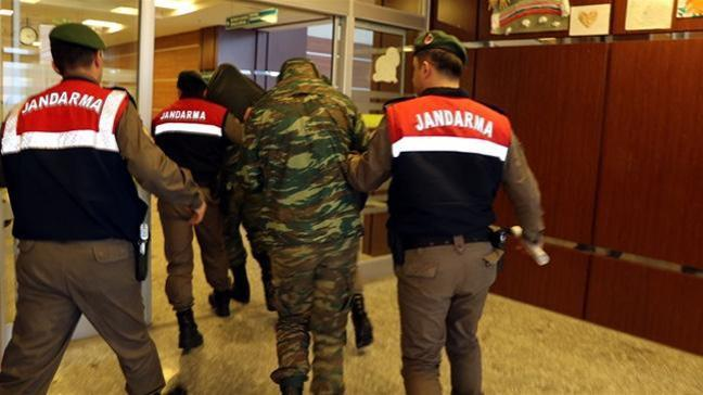 2 Yunan askerin tutukluluğuna devam edilmesine karar verildi