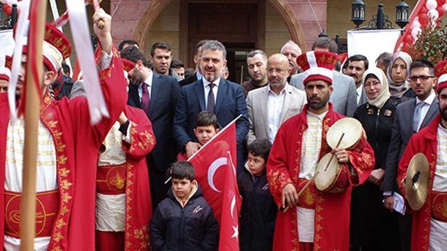 Suriyeliler ülkelerine törenle uğurlandı