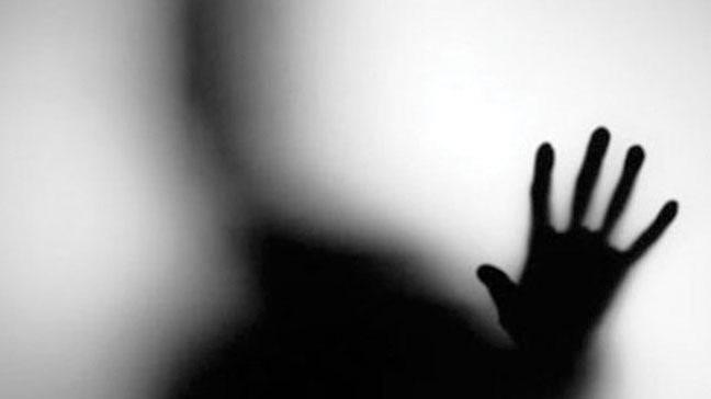 Tecavüz iftirasına tutuklama kararı