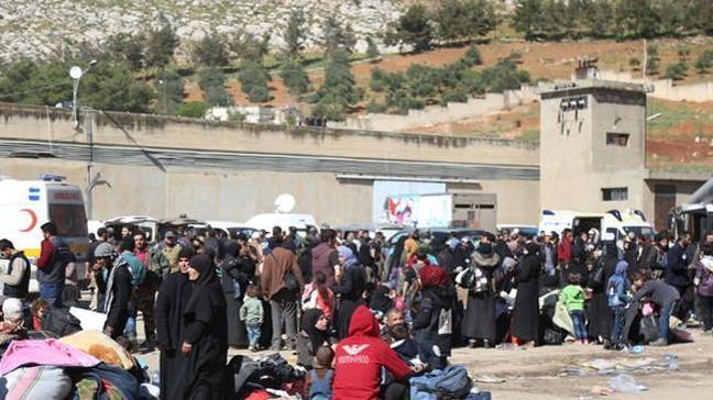 Rusya duyurdu: Doğu Guta'dan 5 bin 300 kişinin ayrıldı