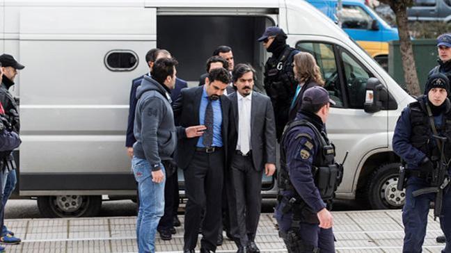 Yunanistan'dan idari gözaltı sürelerini uzatan yasal düzenleme