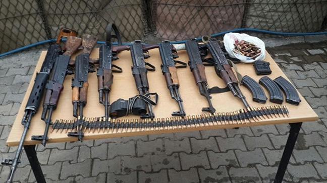 Şırnak'ta teröristlere ait silahlar ele geçirildi