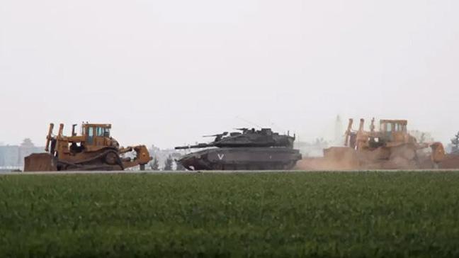 Gazze'yi hedef alan İsrail ordusunun ateşinde bir Filistinli çiftçi tarlasında çalışırken öldü