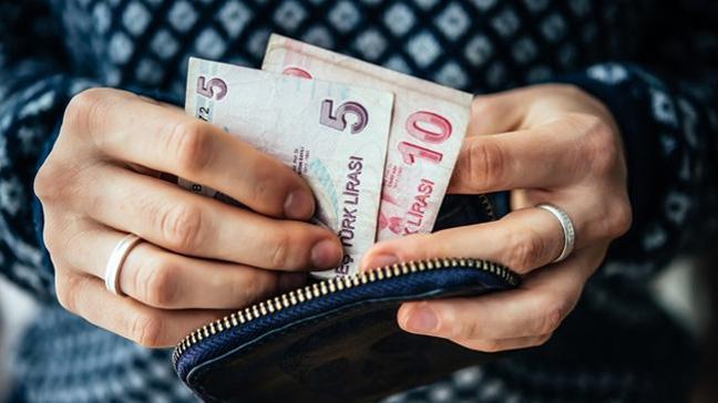 Prim borcu olanlara borçlarını yapılandırma ve gelir testi yaptırmaları için tanınan süre doluyor