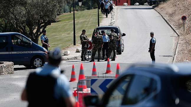 Korsika'da 3 Fransız jandarması darbedildi